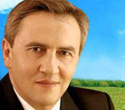 Photo of Черновецкий узаконил игровые автоматы