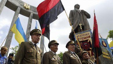 Photo of Украинские нацисты требуют установить памятник Героям Крут в столице