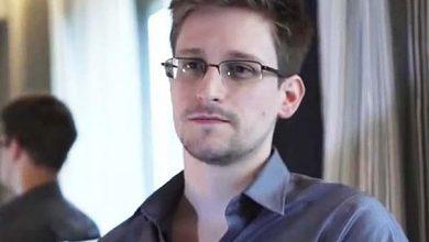 Photo of Эдвард Сноуден получил премию Сэма Адамса