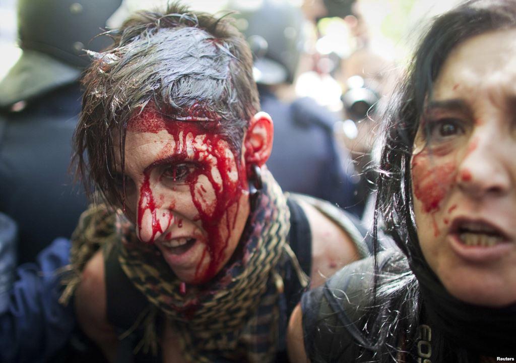 Разгон мирной демонстрации в Испании