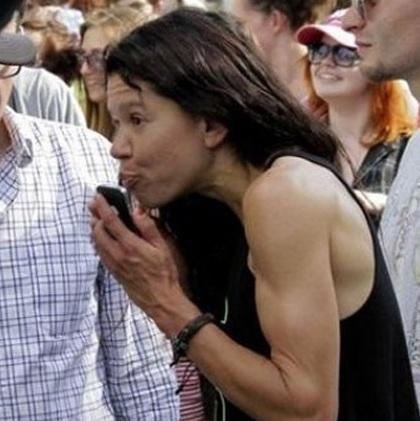 Руслана – главная кикимора Евромайдана. Пообещала «сгореть» в ледяном говне