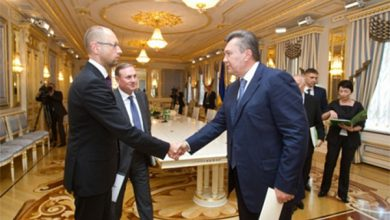 Photo of Янукович предложил Яценюку стать руководителем Кабмина!