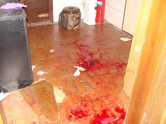 В Днепропетровской области вооруженные люди напали на горотдел милиции