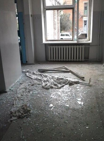 В Славянске обстреляли детскую больницу