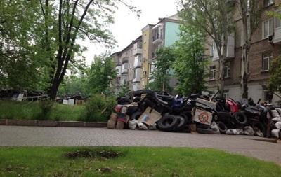 За ночь в Донецке ополченцы построили два новых блокпоста