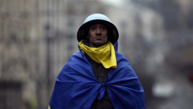 Photo of «Нас использовали как презерватив» — активисты Майдана о новой власти