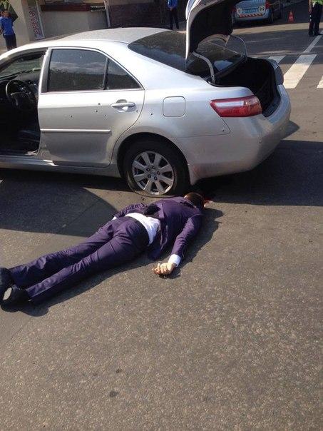 На главу ДНР совершено покушение, убит его помощник