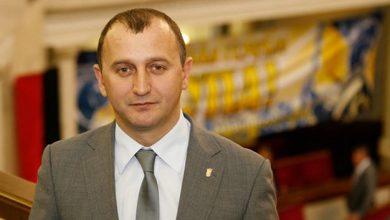 Photo of Порошенко не имеет права прекращать огонь на Донбассе — Свобода