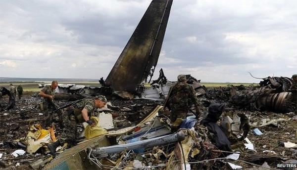 Ополченцы сбили ИЛ-76 – 49 военных погибло (видео)