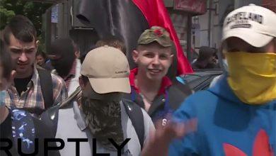 Photo of В Киеве националисты избили милиционеров во время крестного хода (видео)