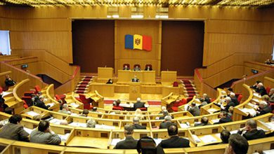 Photo of Молдавским депутатам не дают прочитать соглашение об ассоциации с ЕС!