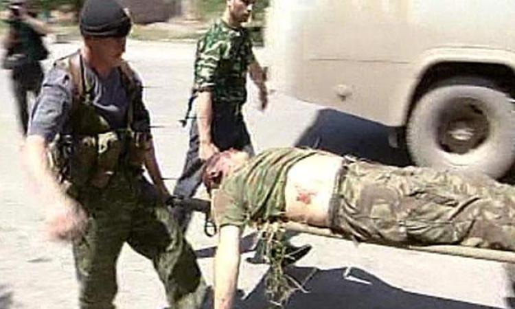 Якобы раненный Константин Гришин