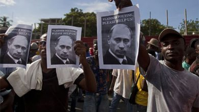 Photo of Майдан на Гаити: «Владимир Путин, пожалуйста, помоги нам!»