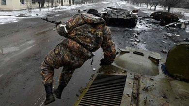 Photo of У Логвиново апокалипсис — сгоревшая техника, трупы солдат, постоянные обстрелы