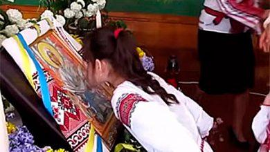 Photo of 26 детей потеряли сознание перед иконой, от которой плохо пахло