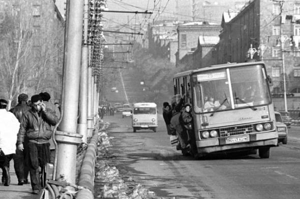Ужас 90-х: «тёмные годы» Армении