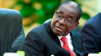Photo of Президент Зимбабве сделал предложение Бараку Обаме стать гей-любовниками