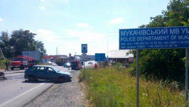 Photo of Силовики путчистов эвакуируют жителей села, в котором укрылась банда необандеровцев