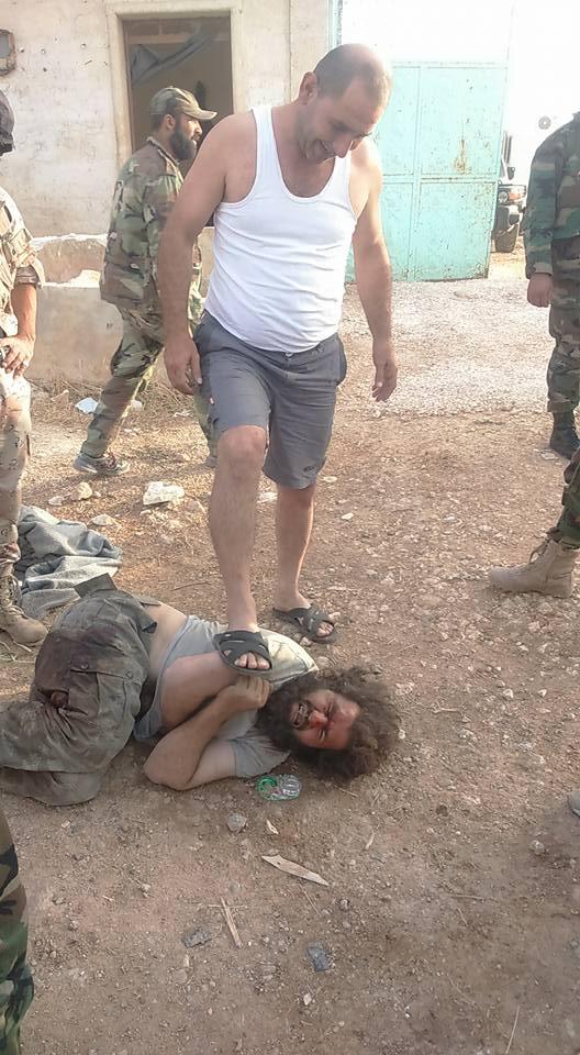 Русские заставили террористов одевать лифчики