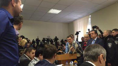 Photo of Депутаты нелегитимной Верховной Рады душили прокурора