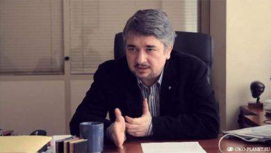 Photo of Ростислав Ищенко: Ярош решил сохранить свою жизнь