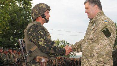 Photo of Порошенко заботится о том, чтобы «пушечное мясо» не убежало за кордон