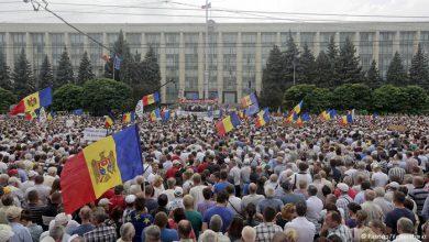 Photo of Молдаване недовольны жизнью и хотят сближения с Россией