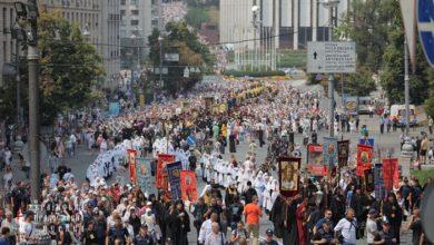 Photo of В Крестном ходе в Киеве приняло участие 100 тыс. человек, но путчисты «заметили» только 5 тысяч