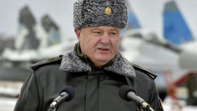 Photo of У главаря киевских путчистов на голове полыхает шапка