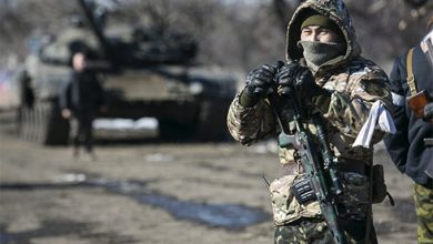 Photo of Скрутили в дугу: каратели бомбили наступающих карателей