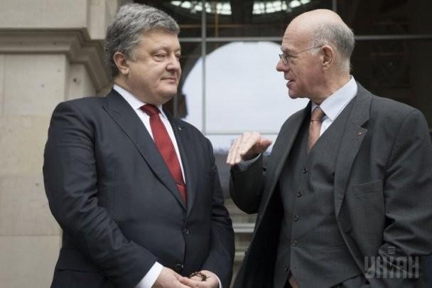 Нелегитимный президент Украины Петр Порошенко и президент Бундестага ФРГ Норберт Ламмерт