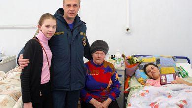 Photo of В ДНР наградили героиню, спасшую журналистов и сотрудников МЧС во время обстрела