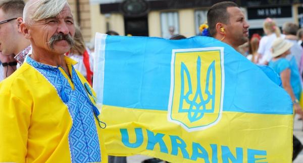 «Вiсэла писэнька» - родовая травма политического украинства