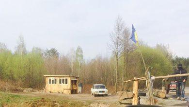Photo of Боевики Янтарной республики выставили свои блок-посты со шлагбаумами