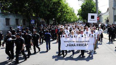Photo of Молдавских грантоедов ЛГБТ окропили святой водой и эвакуировали