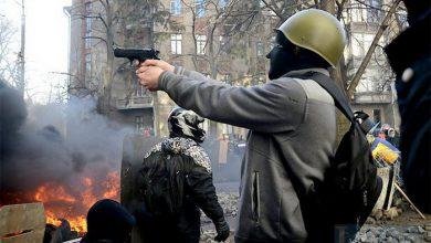 """Photo of Путчисты разрешат иметь пистолеты сторонникам """"правильных"""" партий"""