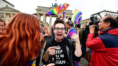 Photo of Германия отгораживается от русского мира петушиным кордоном