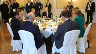 Photo of Путин, кушая завтрак, неспешно обсудил Украину с Меркель и Макроном