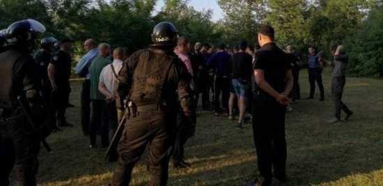 В Черновцах группа праворадикалов избила молодых людей - участников презентации книги «Левая Европа»