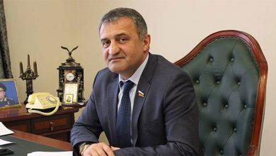 Photo of Президент Южной Осетии просит депортировать Саакашвили к ним
