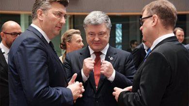 Photo of Партнерские отношения: Лукашенко не приехал, а Порошенко как обычно — попрошайничал