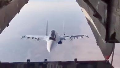 Photo of Су-30 совершил фантастический манёвр, «заглянув внутрь» транспортного Ил-76
