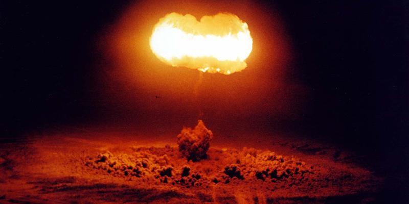 Один из взрывов операции «Plumbbob» 7 августа 1957г.