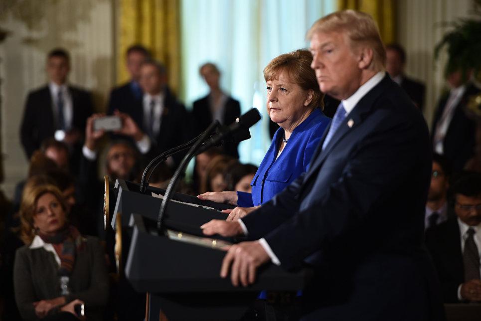 Президент США Дональд Трамп и канцлер Германии Ангела Меркель во время совместной пресс-конференции в Вашингтоне. 27 апреля 2018г.