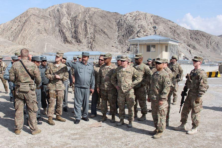 Американские военные и Полиция Афганистана