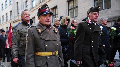 Photo of Американская журналистка рассказала о том, как из её деда нациста делали героя в Литве