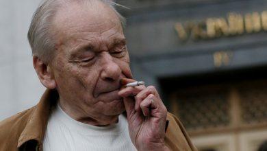 Photo of Кормившийся из гитлеровского котелка депутат подает в суд на авторов украинского учебника истории