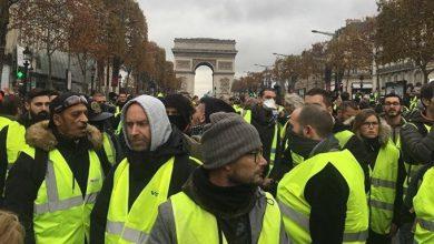 Photo of Причины протестов во Франции и медиаэксперт Шарий убегает от облака слезоточивого газа