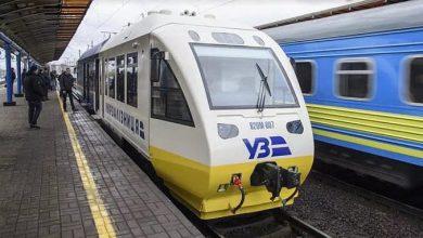 Photo of Открытый диктатором Порошенко экспресс-поезд Киев-Борисполь сломался посреди поля