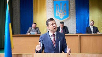 Photo of Майдан ничему не научил Украину: она уже любит выдуманного президента
